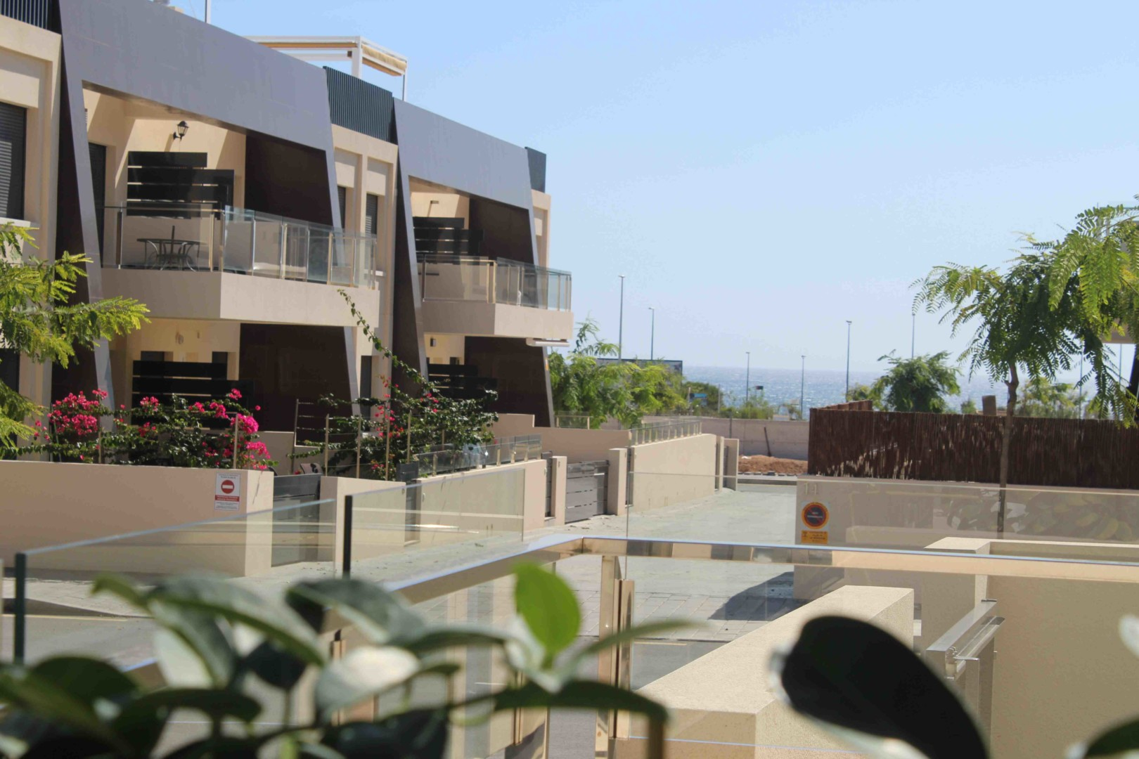 Maravilloso Bungalow planta baja con piscina