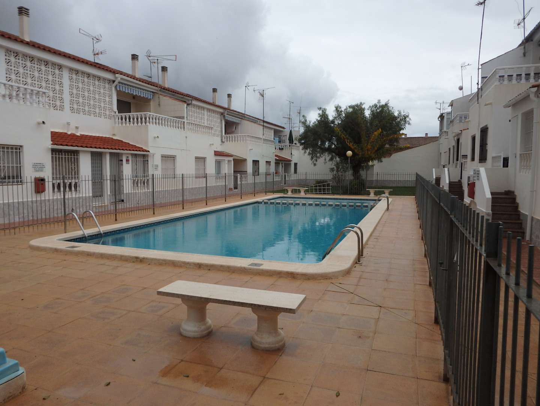 Magnifico bungalow con piscina