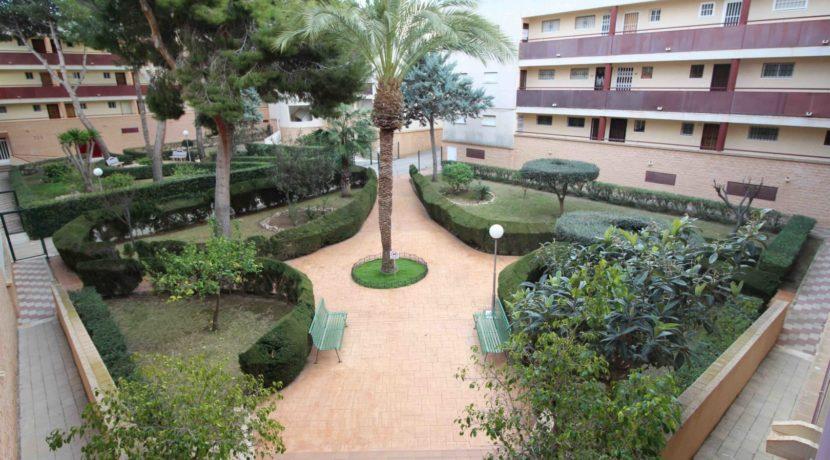 Jardin Edificio Alicante I
