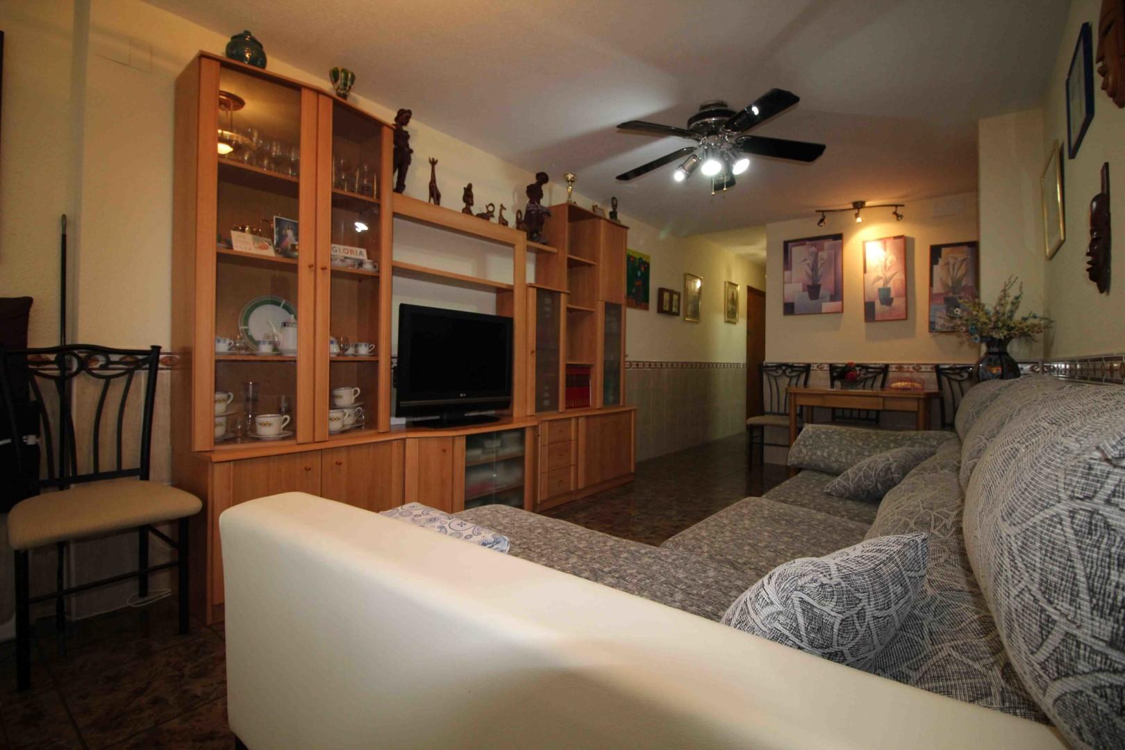 Estupendo Apartamento de 2 dormitorios con Piscina y Ascensor